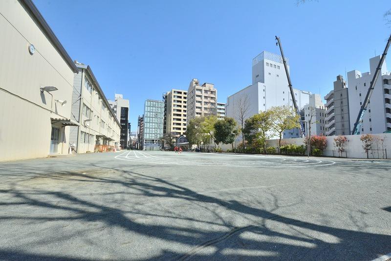 坂本町公園(中央区日本橋兜町)