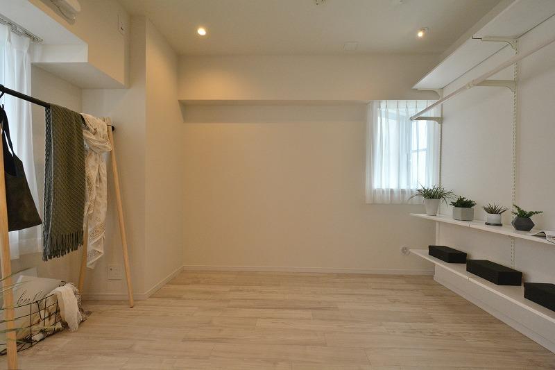 ラヴェンナ日本橋の洋室