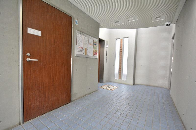 ラヴェンナ日本橋のエレベーター乗り場