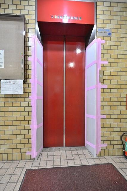 日本橋ロイヤルプラザのエレベーター