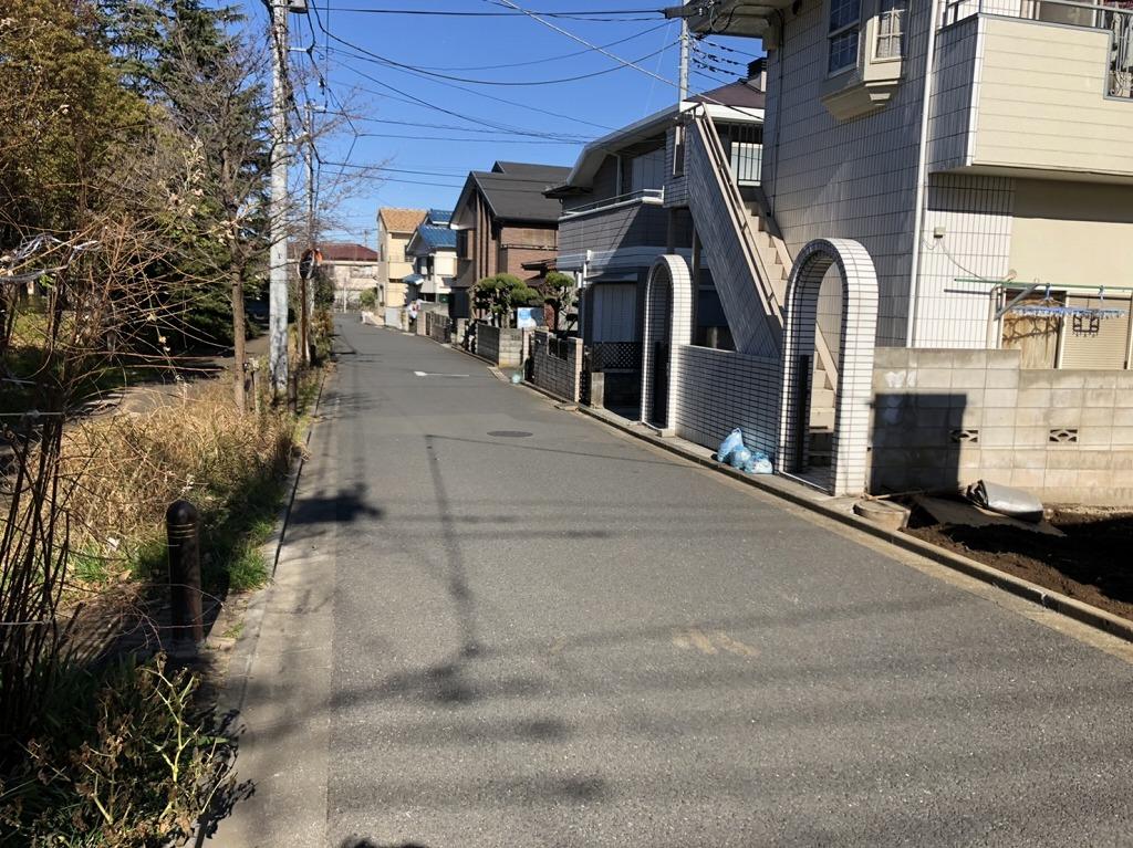 美住町売地の前面道路